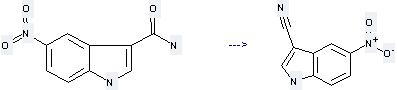 1H-Indole-3-carbonitrile,5-nitro- can be prepared by 5-nitro-1H-indole-3-carboxamide at the ambient temperature